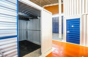 Como funciona e como alugar um guarda móveis em Niterói?